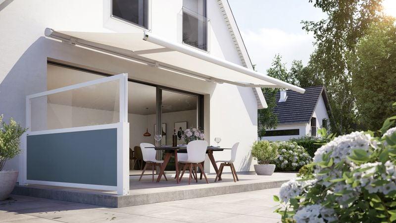 Markisensystem format-Haus mit Hof Detail lift 6000 Hauswand Terrasse Blau 202010