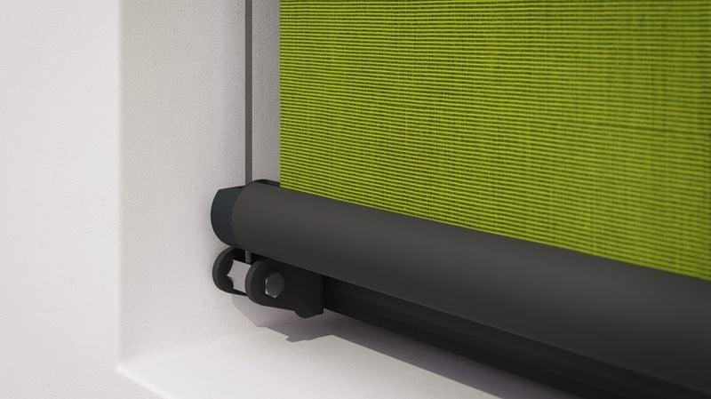 Fenstermarkise 710-Detail Tuchführung grünes Tuch 40Prozent 201911